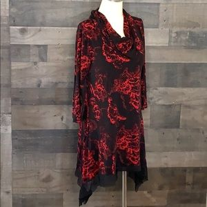 Stunning Cable&Gauge Red and Black Tunic